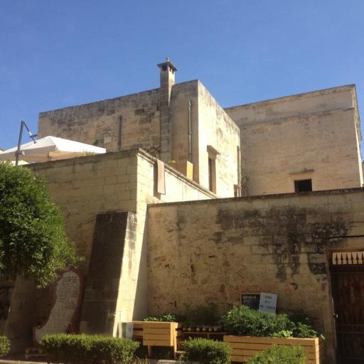 IMMOBILE SCIPIONE AMMIRATO - Ville e palazzi storici
